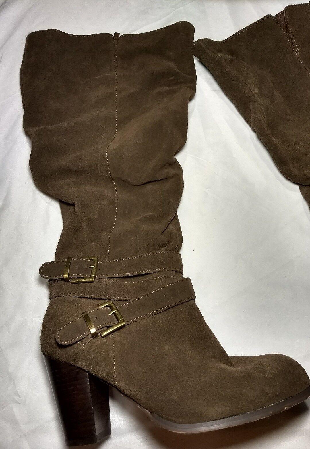 Torrid Größe 10 Braun Genuine Suede Buckle Ankle Slouchy Stiefel Wide Width Calf