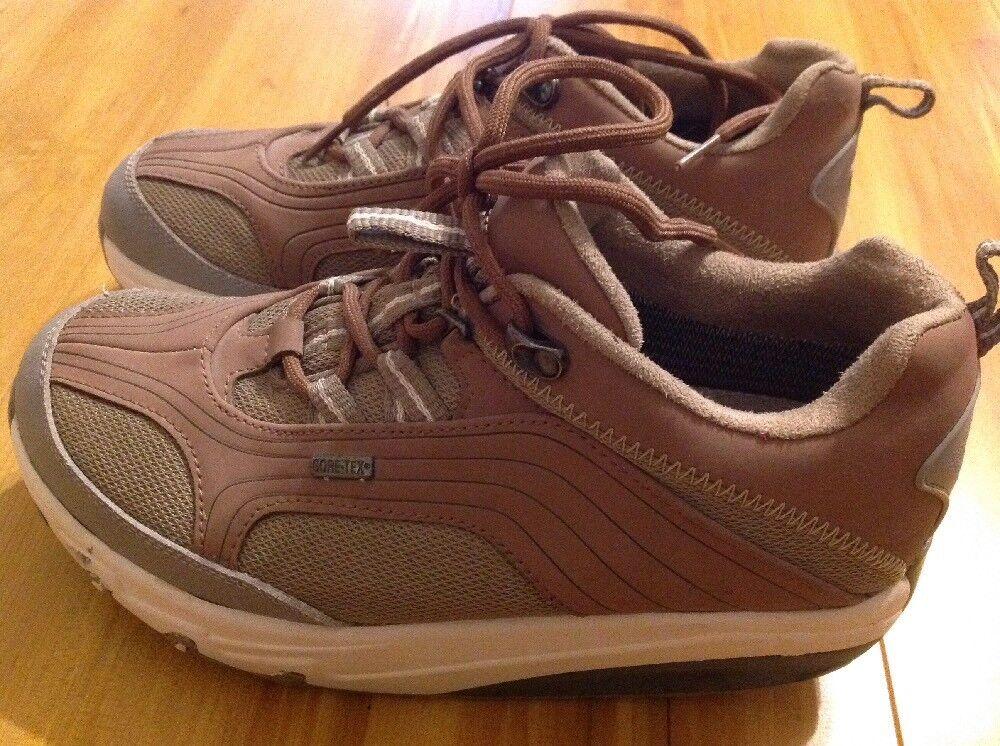 EUC  Womens MBT BeigeTan Gore Tex Swiss Engineered Walking shoes US size 9