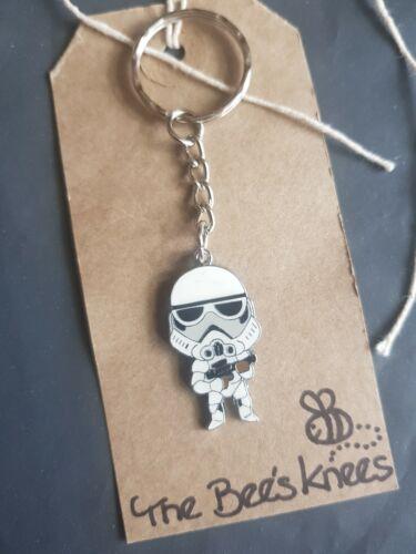 Encanto del esmalte Star Wars Stormtrooper Llavero hecho a mano Plata Llavero vendedor del Reino Unido