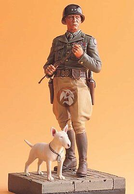 "Legend 1/16 US General George S. Patton & his Dog ""Willie"" WWII with Base LF1602"