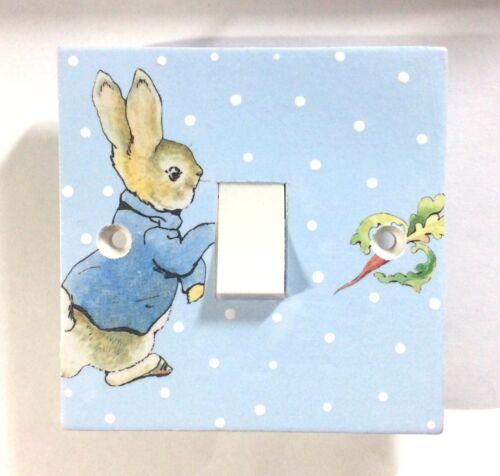 Peinte à la main Beatrix Potter Peter Rabbit Personnalisé Nom Porte Plaque Signe Cadeau