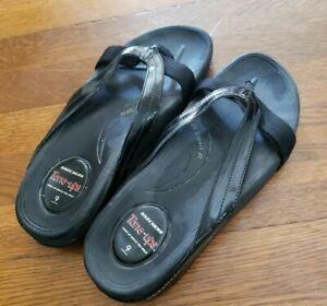 skechers tone ups flip flops