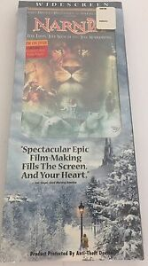 DISNEY-The-Chronicles-of-Narnia-The-Lion-the-Witch-and-the-Wardrobe-NEW-amp-SEALED