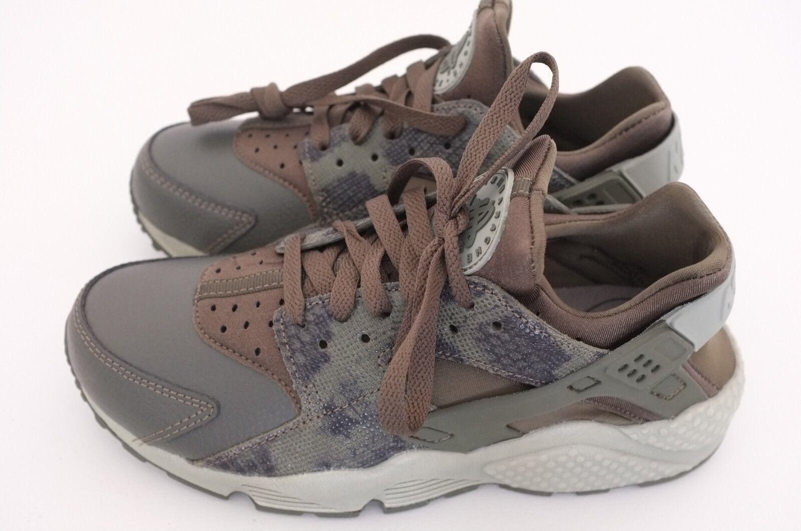 Nike Womens Air Huarache Run Premium Running shoes Python Sz 7.5 (683818-302)