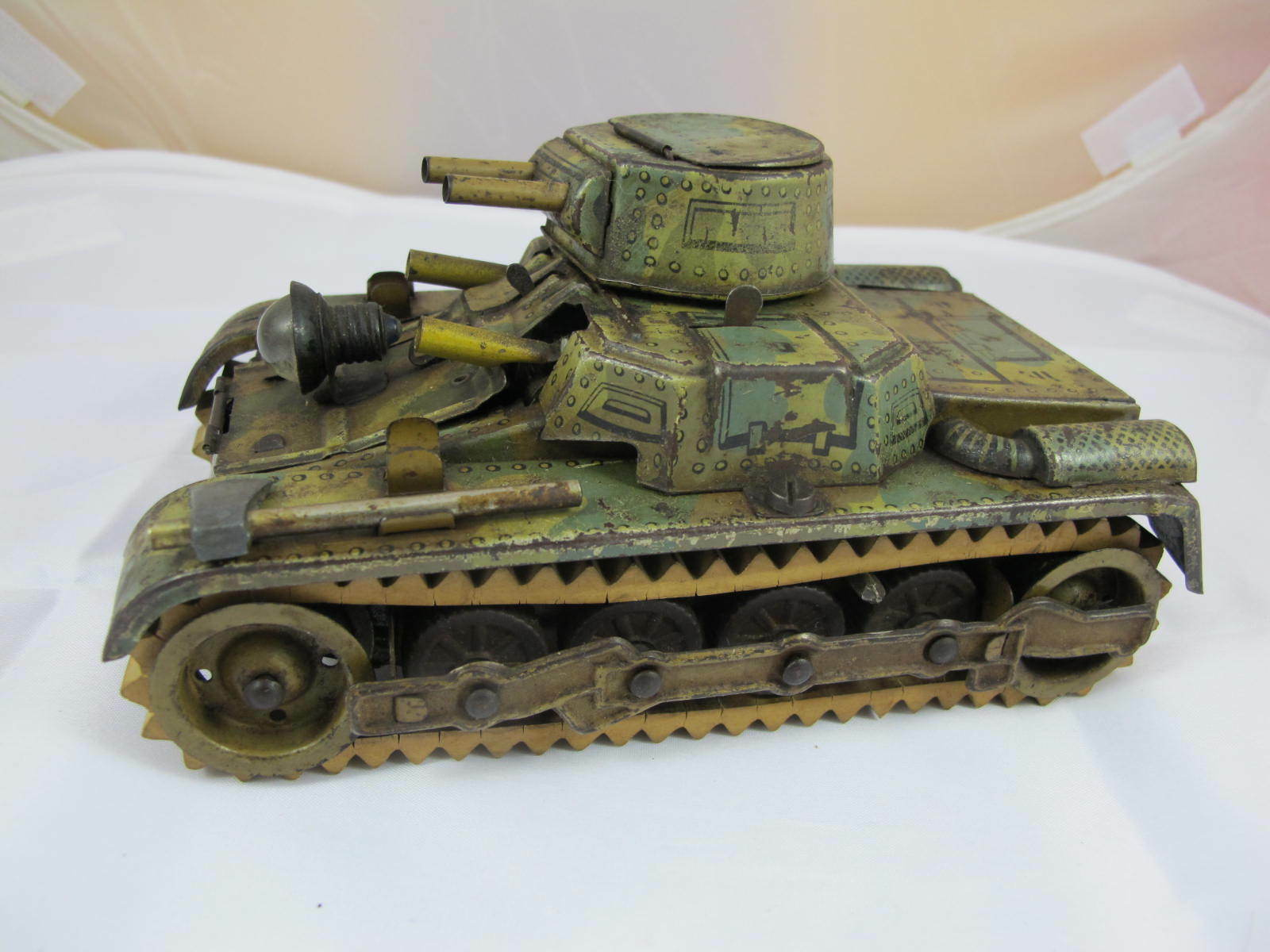 GERMAN GAMA TANK, TINPLATE, WINDUP, GRDM C1920'S LINEOL