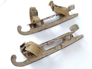1970-Rare-Primitive-Vintage-Soviet-USSR-Rusty-Metal-Ice-Skates-Blades-Straps