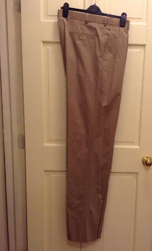 Brooks Bredhers Men's 1818 Madison Fit Tan Pant Pleated Front 46L   W41