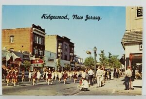 NJ-Ridgeway-New-Jersey-Street-View-Parade-Bergen-County-Postcard-N7