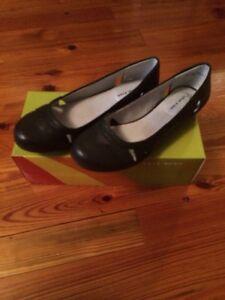 New Women S Wear Ever By Bare Traps Quot Braylen Quot Shoes Black