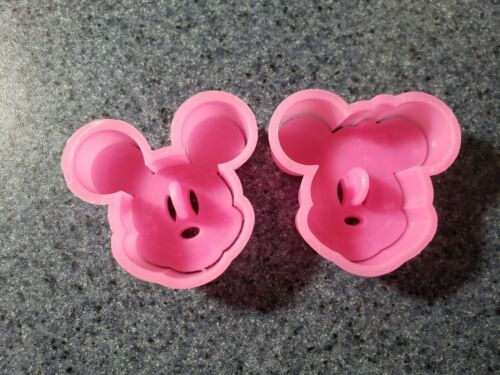 2 Piece Mickey Mouse Minnie Mouse Plastic Cookie Cutter Set