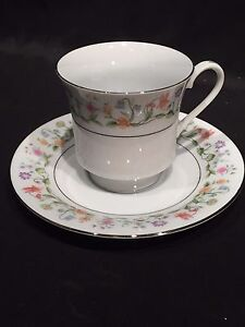 VTG-ETERNAL-LOVE-PATTERN-1982-ASHLEY-OVERSEAS-CHINA-TEA-CUP-AND-SAUCER-SET