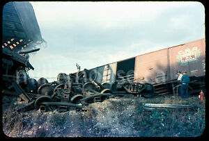 1959-CN-Canadian-National-Railway-Train-Wreck-Udney-Ontario-35mm-Private-Slide-7