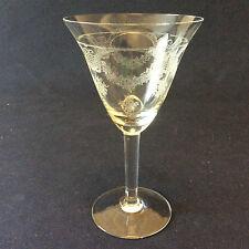 Verre à vin H 12,6cm en cristal gravé de Bohême 1960