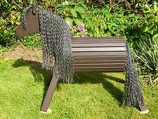 80cm Holzpferd Voltigierpferd Spielpferd Lärche Holzpony Pferd wetterfest NEU