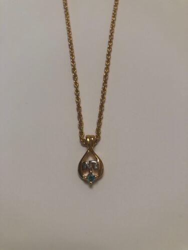 Nina Ricci Mini Pendant Necklace