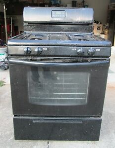 black frigidaire oven range gas stove home rental
