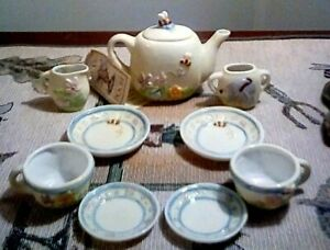 Disney-Tea-Set-WINNIE-the-POOH-Mini-Midwest-of-Cannon-Falls-10-Ceramic-Pieces