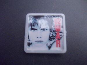 U2-WAR-ALBUM-COVER-BADGE-PIN