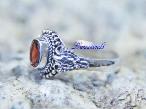 Ring ~ ASAHA ~ Elbenblatt Silber 925 Echter Granat