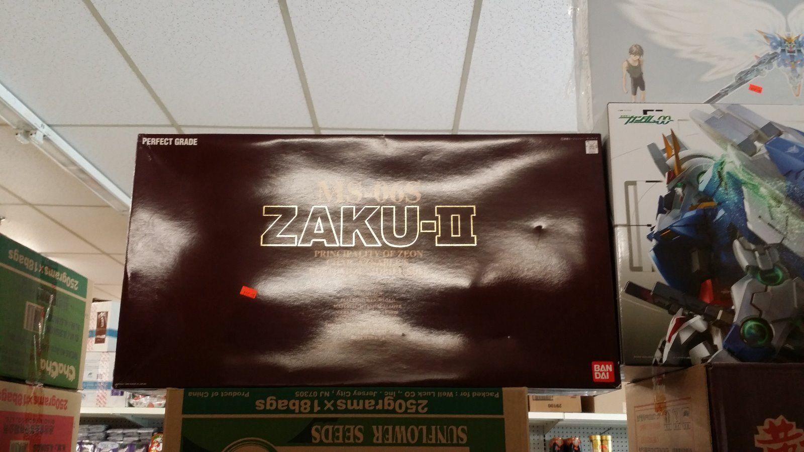 BANDAI BRAND NEW NIB 1 60 PERFECT GRADE PG GUNDAM Char's Zaku II [CAN SHIP USA]