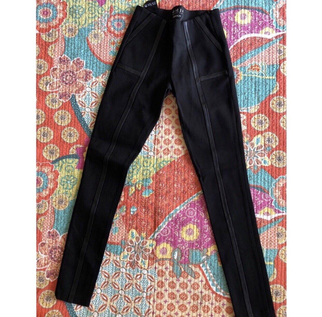 Nouveau vendu Designs SOHO Peau À Enfiler En Cuir Skinny 360 Pantalon Stretch Pantalon 25
