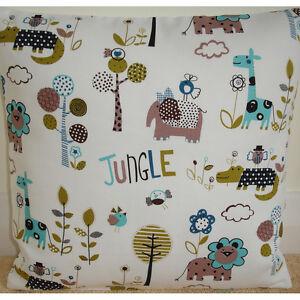NEW-16-034-Cushion-Cover-Jungle-Zoo-Elephant-Lion-Giraffe-Crocodile-Animals-Nursery
