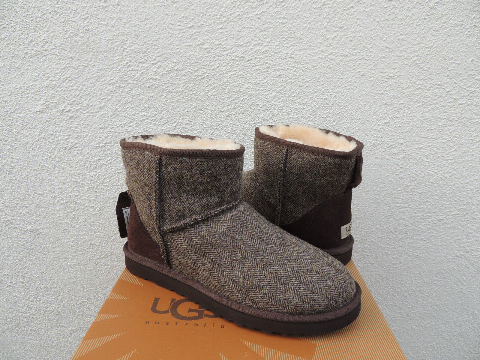 d74041b16 UGG Mens Classic Mini Patchwork Tweed Sheepwool BOOTS US 9/ EUR 42 ...