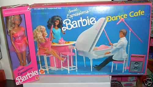 En Caja Original Woolworth 1990 especial expresiones Barbie y danza Cafe