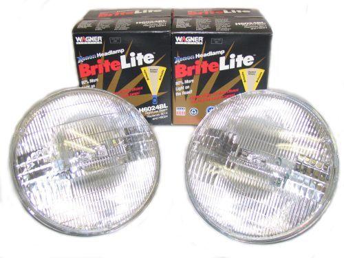 2 XENON Headlight Bulbs 1966-71 Datsun 311 NEW
