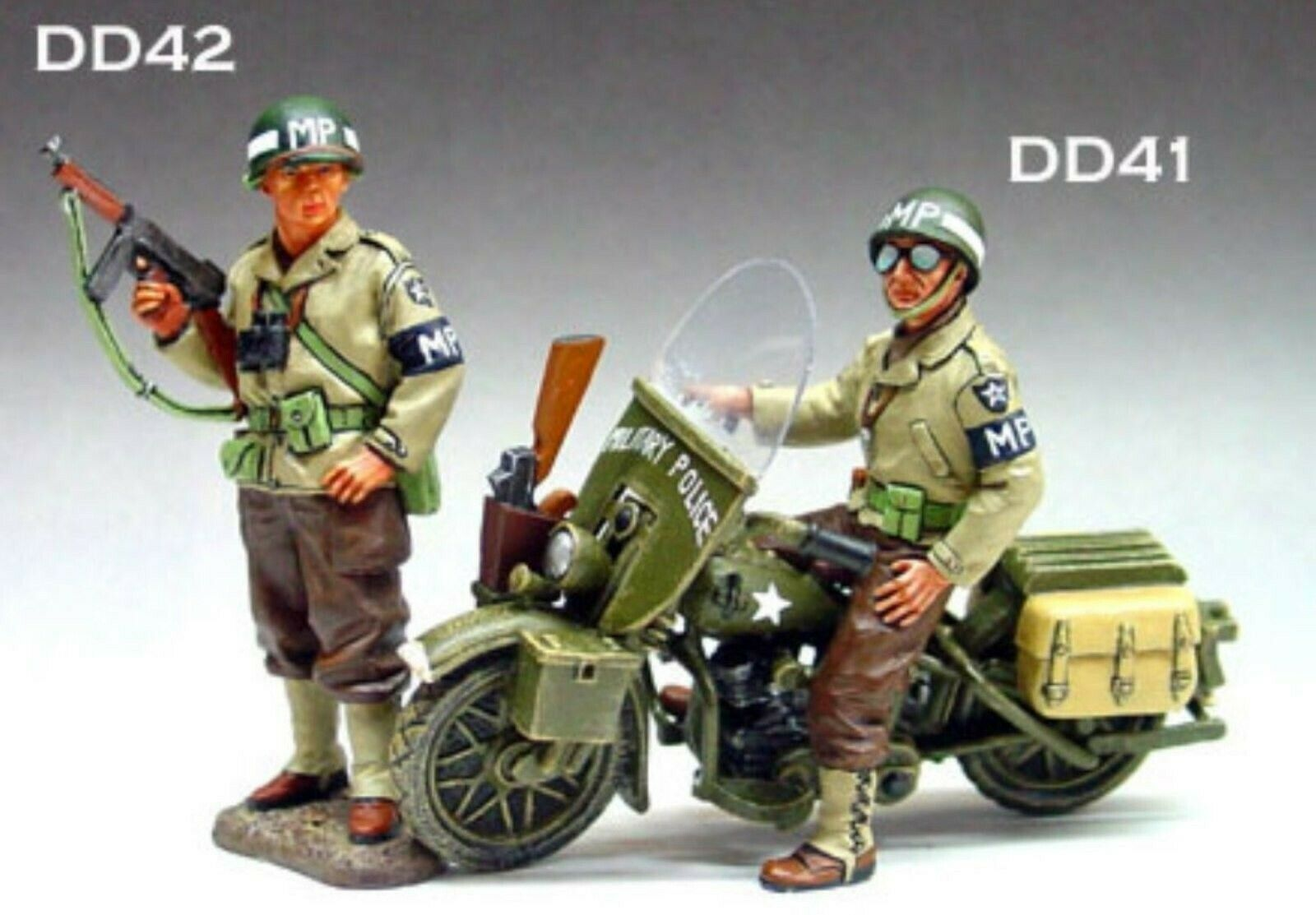 WOW EXTREMELY RARE King & Country D Day DD041 042 US MP Set 2 fig + Harley BNIB