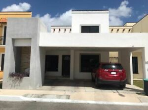 Casa amplia Precio Reducido,  Gran Santa Fe 2, venta, Cancun