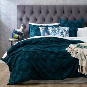 Park Avenue Medallion cotton Vintage washed Tufted Quilt Cover Set Evergreen