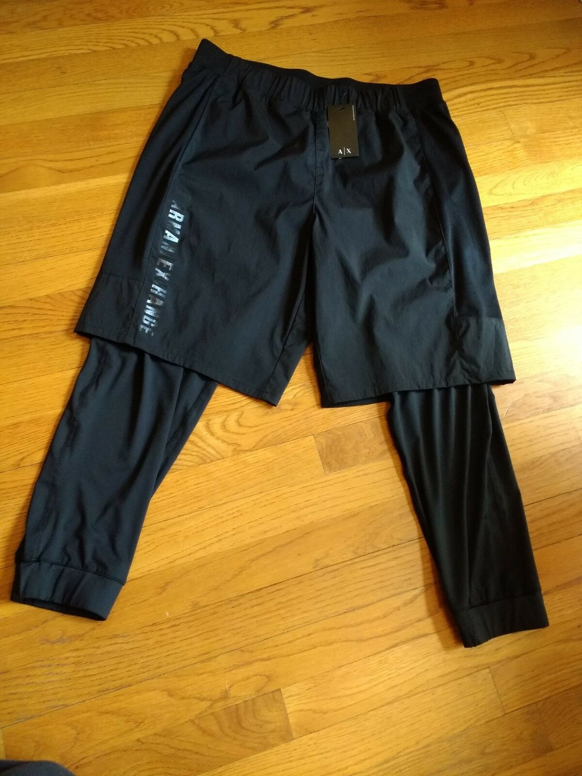 NWT, 120. MSRP  Herren Armani Exchange Sport Compression Pants Trouser Shorts