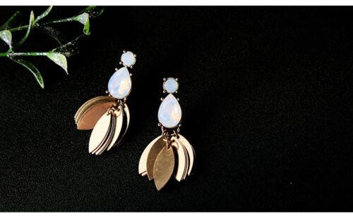 Boucles d`Oreilles Clous Doré Opale Chandelier Abeille Feuille Mode Retro AA16