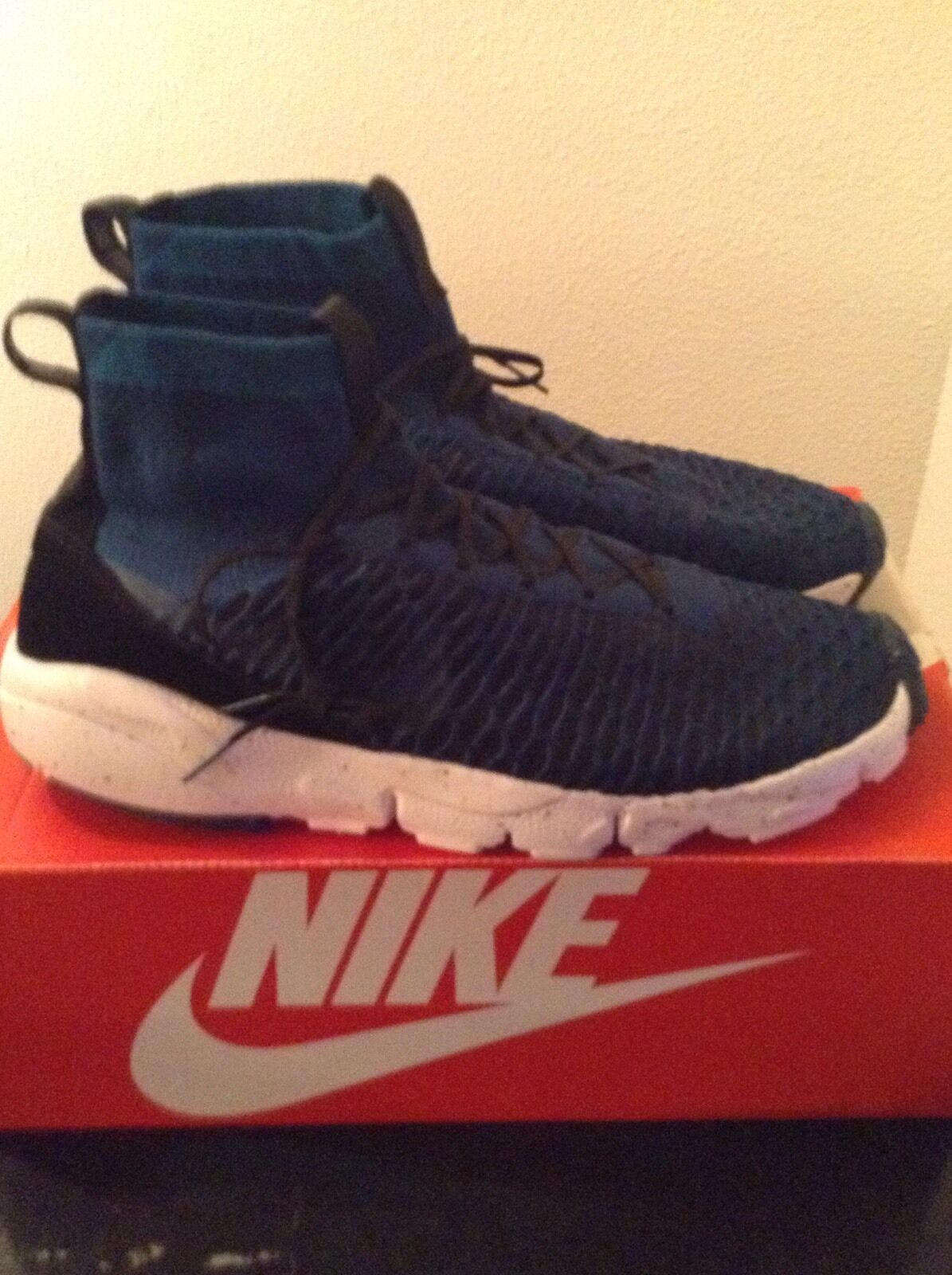 Nike Air Footscape Magistrate FK FC Flyknit Size 10.5