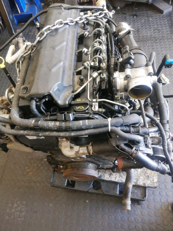 Ford Ranger 2.2 and 3.2 Engines and Rebuild R25000