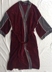 df32ecde383 Men s Vintage Pierre Cardin est. size Large Velour Robe Maroon ...