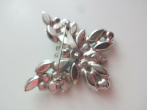 Details about  /Vtg Signes Weiss Green Blue AB Prongs Rhinestone Butterfly Brooch Pin RARE