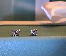 Auth TIFFANY & CO .28CTW VS2 Platinum Diamond Stud Earrings Retail $1,500