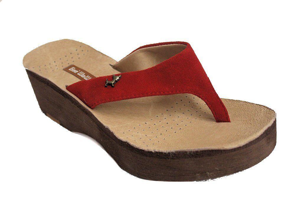 Gee WaWa Women's Red Suede Flip Flops US 6 NOB