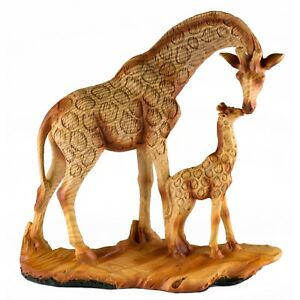 Giraffe-Mother-and-Baby-Faux-Carved-Wood-Look-Figurine-Resin-6-75-Inch-High