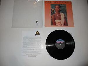 Whitney-Houston-S-T-1985-RCA-Club-Mint-Press-in-Shrink-Ultrasonic-CLEAN