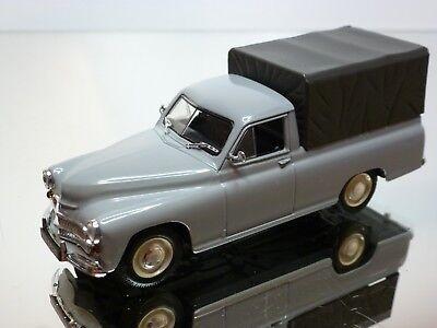 WARSZAWA 200 Pick-Up in grau IST Models  1:43  OVP NEU