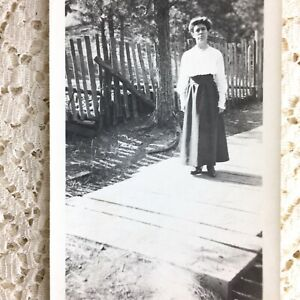 Antique Photo Young Women 1900s River Jordon Bridge Walker California M Franklin