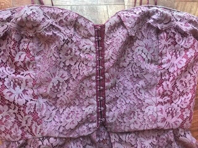 Vintage Hand-made lace corset top - image 5