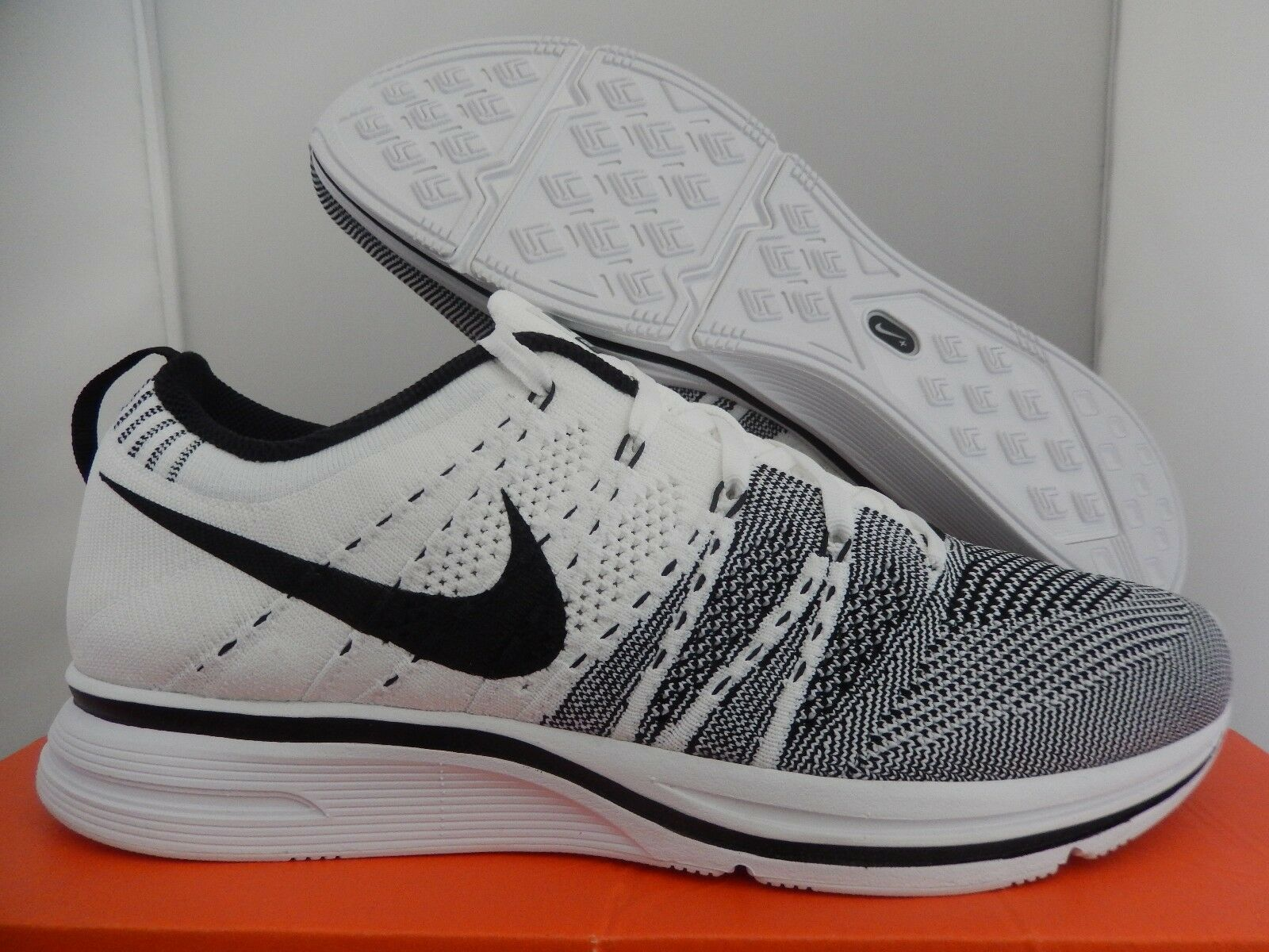 6b16aefb3a41 Nike Flyknit Trainer White-black Sz 7.5 RARE 532984-100 for sale ...