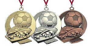 50 Stück 50mm Fußball Medaillen ME.350 Reliefprägung mit Band nur 49,50 EUR
