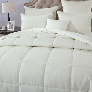 DaDa-Bedding-Velvet-Eggshell-White-Box-Stitched-Pattern-Quilted-Comforter-Set