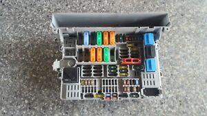 BMW 1 3 SERIES E87 E90 E91 E92 E93 Power Distribution Fuse Box Front