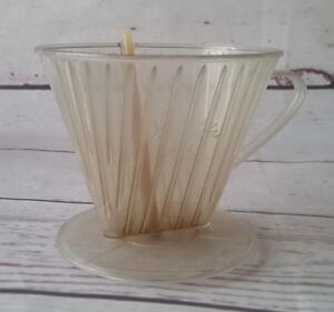 Melitta-402-Teefilter-mit-Bruehstab-Vintage-Kunststoff-klar-Tee-Filter